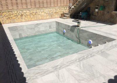 Construcción de piscina privada en Almorox